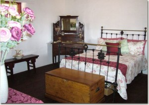 Accommodation in historic Slater Homestead, Goomalling