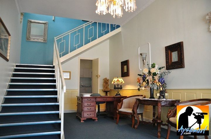Entry foyer at Mystique Maison boutique bed and breakfast, Goomalling
